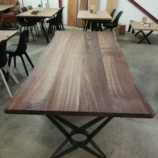 plankebord amerikansk valnød med star stel