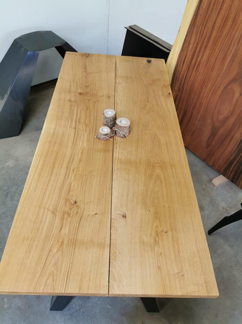 Plankebord eg 90x200 skrå stolpe