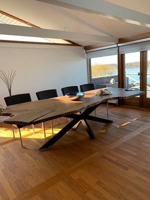 Plankbord Europeisk valnöt i 1 planka med stjärnram