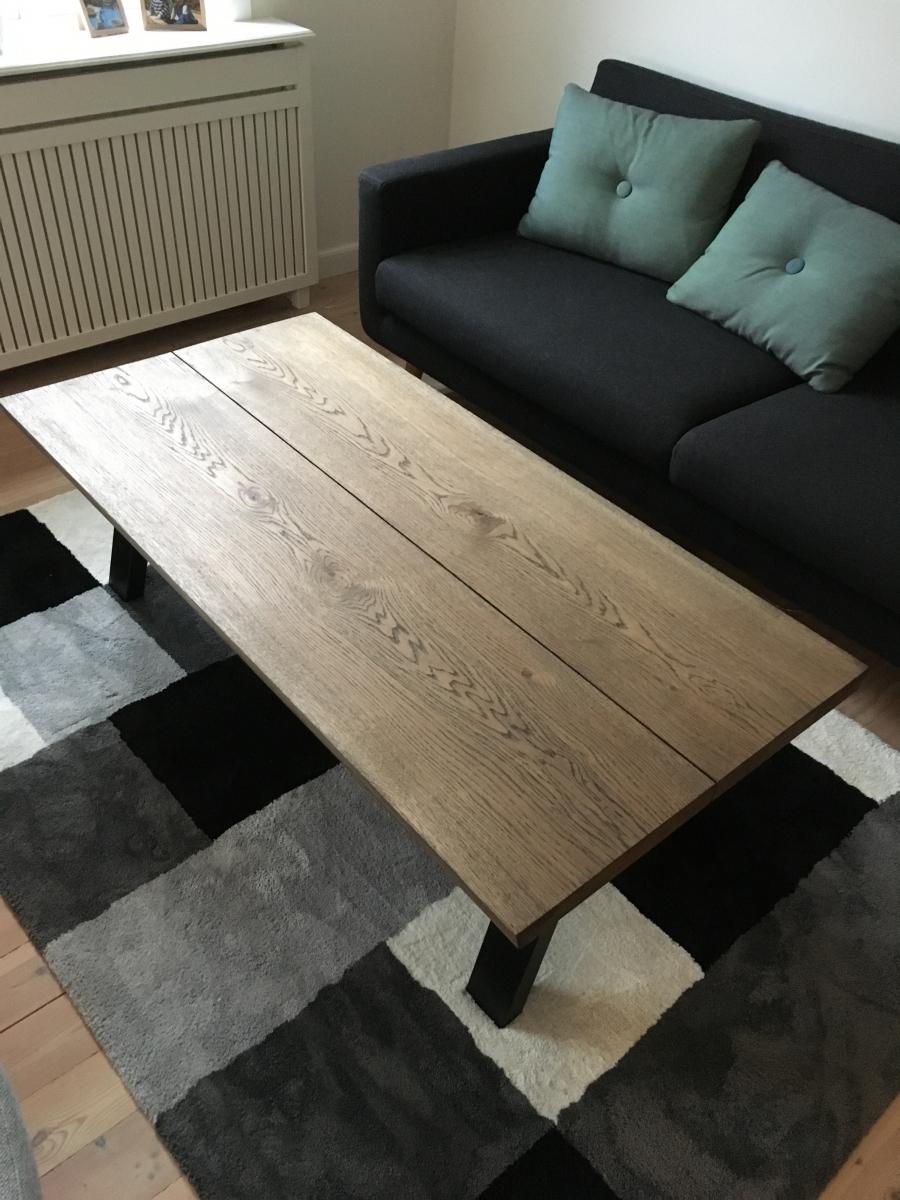Sofabord-eg-med-Ibenholt-olie