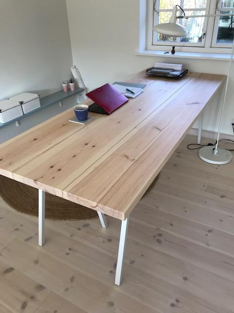 plankebord-fyr-med-hvid-olie
